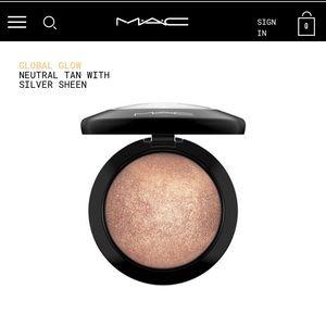 MAC Mineralized Skinfinish ⚡️